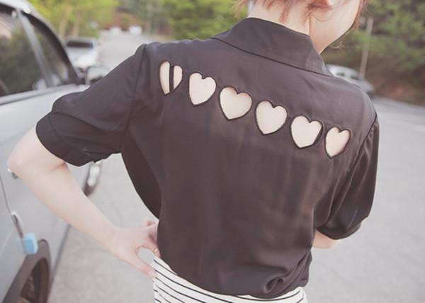 shirt t-shirt black heart skirt black and white gold ring
