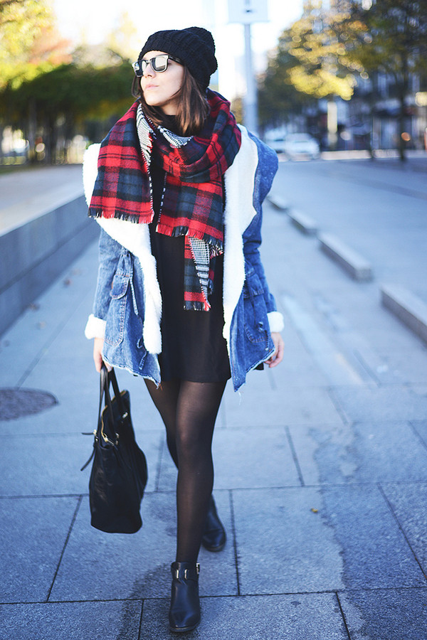 the fashion through my eyes coat hat dress scarf shoes jeans bag
