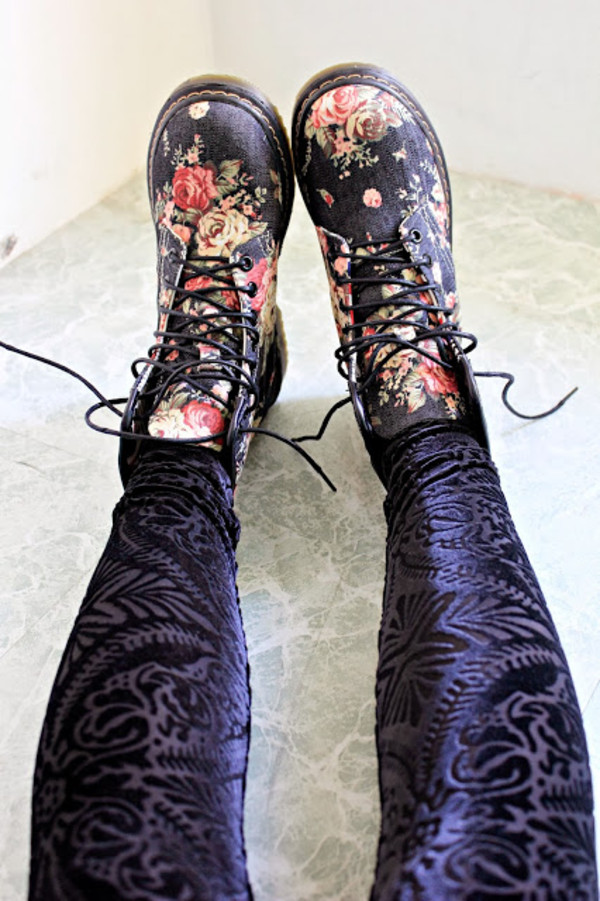 shoes boots floral fashionroom martins