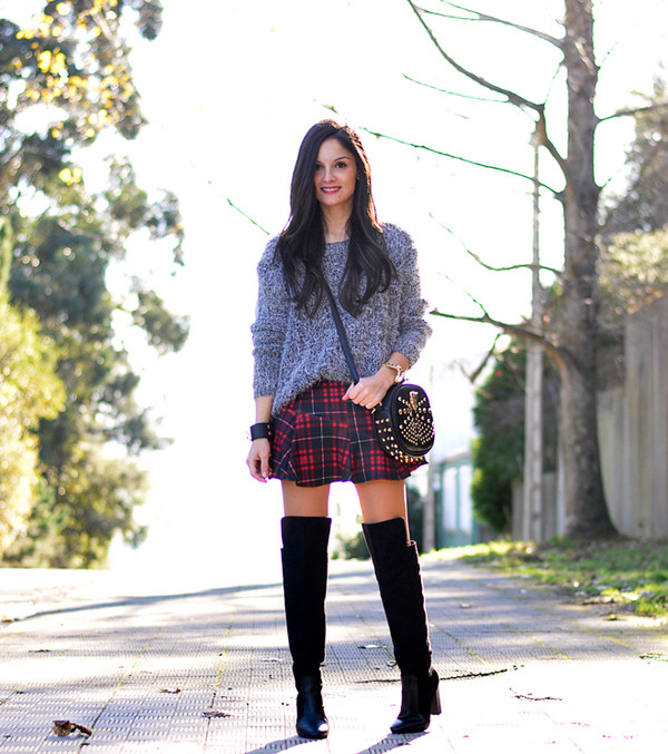 petit and sweet couture sweater skirt bag shoes sunglasses