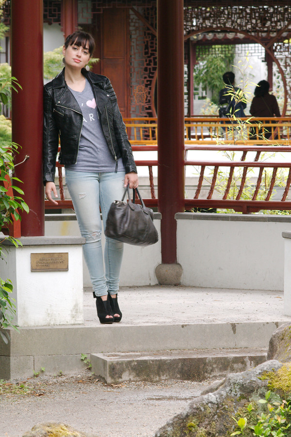 coco and vera jacket t-shirt jeans jewels shoes bag