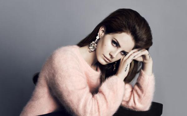 sweater pink lana del rey