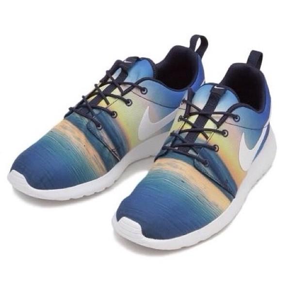shoes nike roshe run sea free holidays run nikes sneakers new dope sunset menswear sun style