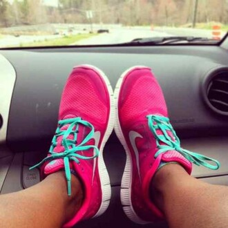 shoes nike nike free run nikes pink and blue nike blue laces ocean blue bright blue bright bright pink neon pink athletic athlete sportswear sports shoes running workout gym nike shoes