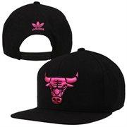 adidas Chicago Bulls Solid Snapback Hat - Black/Neon Pink - NBA Store