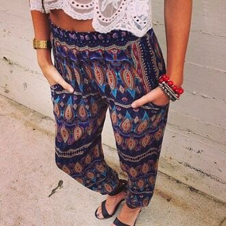 pants loose boho bohemian aztec navajo tribal pattern blue red white summer cute hip fashion patterned pants harem harem pants paisley crochet dress pants dress black green yellow orange purple pinterest spring sweatpants oversized cozy warm open back white lace top crop tops white lace croptop hippie pants boho pants boho chic boho pattern cool print tribal pants aztec pants hippie indie printed pants patterened