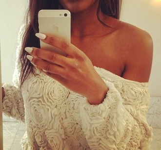 shirt dressy shirt t-shirt clothes blouse sweater sweat top flowers white ruffle pull fashion beige floral cute roses
