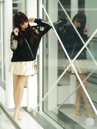 kryzuy sweater shoes sunglasses bag skirt