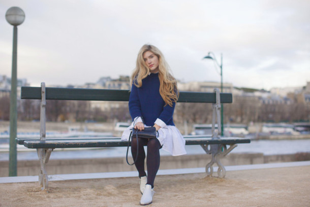 making magique blogger blue sweater dress