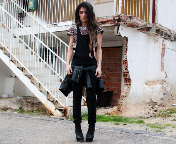 madame rosa t-shirt shoes jacket jewels