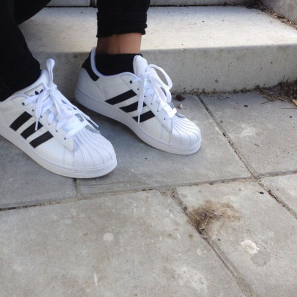 shoes white shoes grunge nike shoes low top sneakers sneakers adidas shoes adidas sneakers adidas shoes causal shoes white black adidas superstars adidas originals
