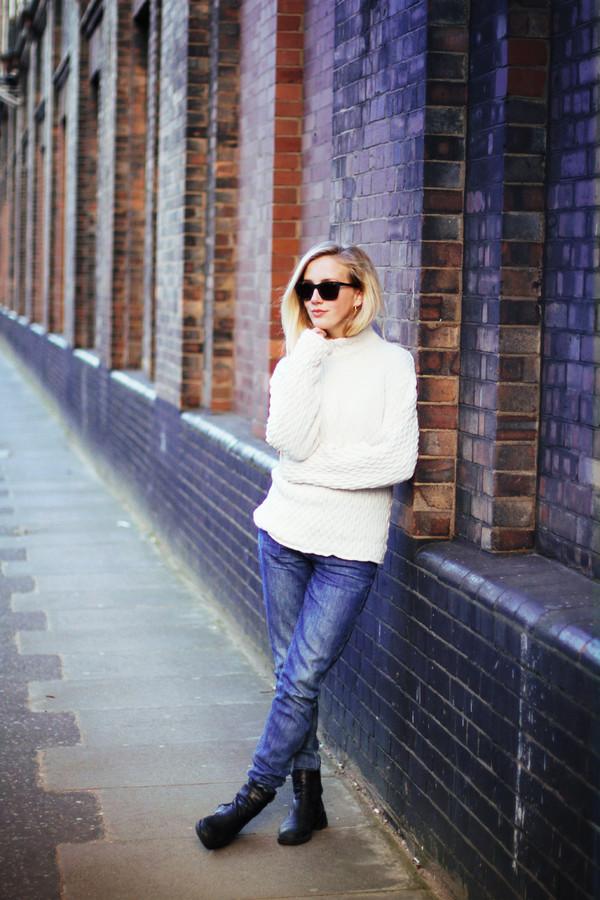 framboise fashion sweater jeans shoes sunglasses jewels