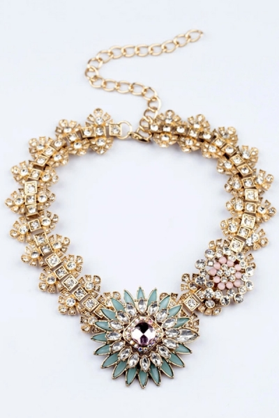Must-have Flower Necklace - OASAP.com