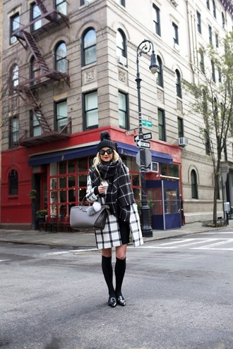 atlantic pacific blogger pom pom beanie grid blanket scarf