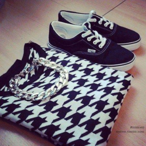 sweater jumper dogtooth lattern black and white pretty swag style