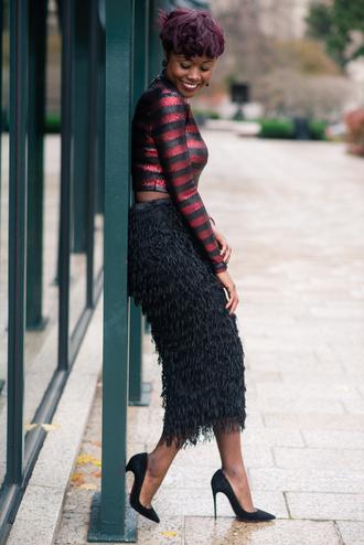 skinny hipster blogger striped top feather skirt black skirt fringe black skirt sequin shirt crop tops crop stripes midi skirt fringes