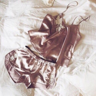pajamas pink gold rose gold sexy top shorts pj's hot beige two-piece lingerie cami silk pajamas underwear silk lace white shirt gold shorts romper nude pink rose gold/pink short sleep bedding combinaison purple girl