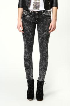 Lulu Acid Wash Jeans at boohoo.com
