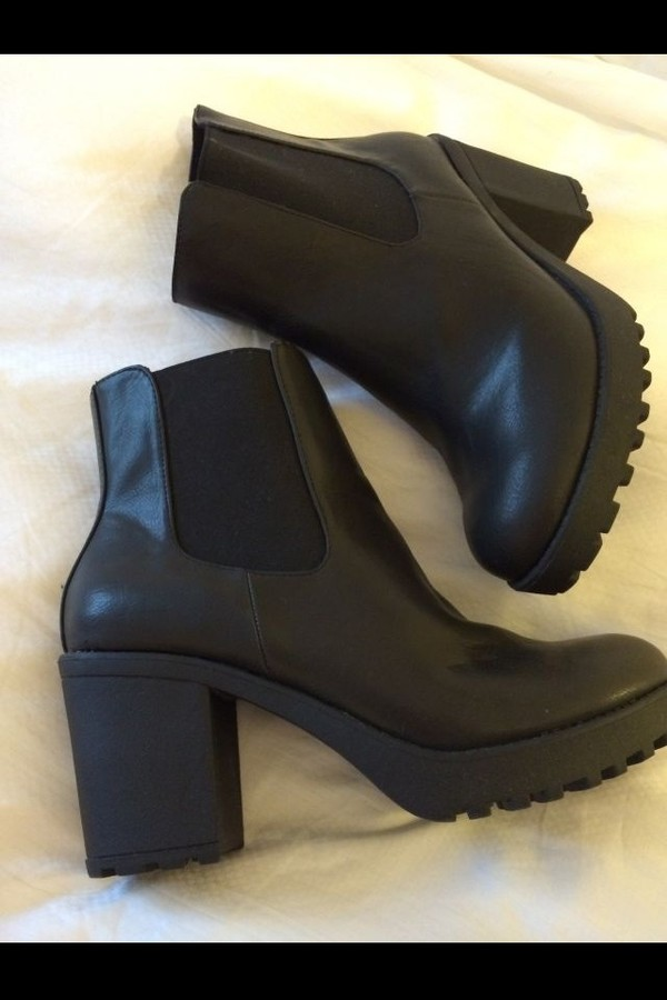 shoes ankle boots black leather high heels