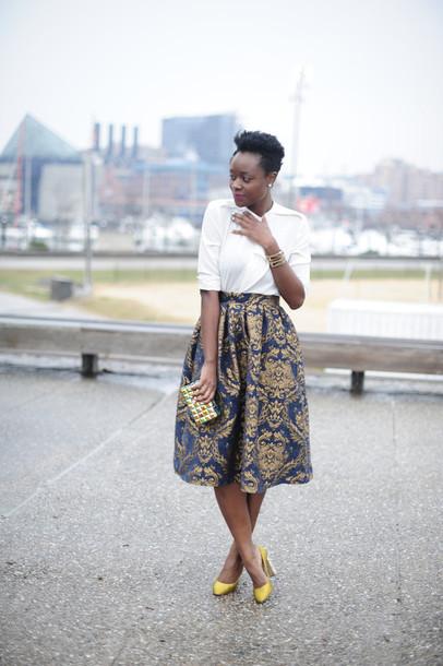 skinny hipster blogger midi skirt jacquard gold shoes white shirt