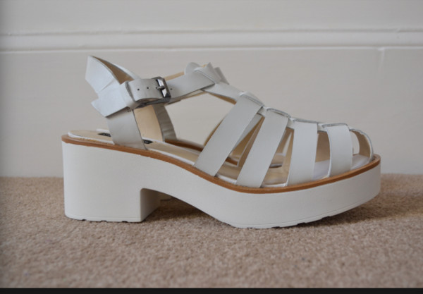 shoes chunky sandals white