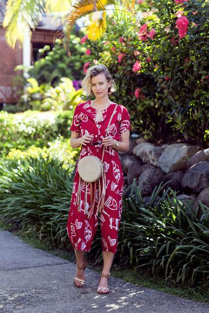 zanita blogger jumpsuit print summer outfits bag
