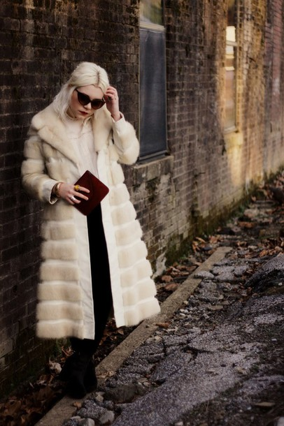 styles by hannah riles blogger sunglasses faux fur winter coat