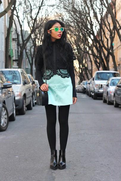 fashion of a novice blogger skirt sunglasses crochet mint mirrored sunglasses black boots top shoes bag