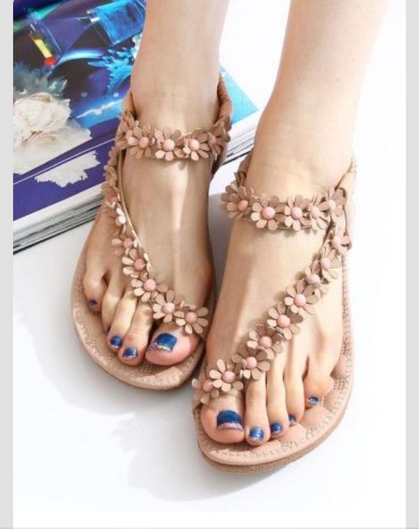 shoes sandals footwear flowers girly outdoors flip-flops flip-flops beach
