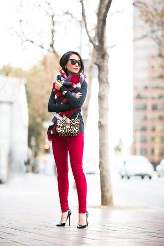 wendy's lookbook blogger bag scarf sunglasses red skinny pants black heels leopard print mini bag winter outfits top shoes jewels jeans