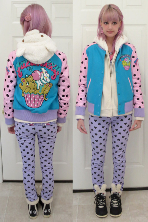 jacket color/pattern outerwear cute pastel polka dots flashy sweater kawaii