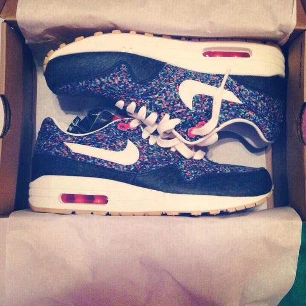 shoes niks air max flowers black blue red multicolors nike sneakers air max air max