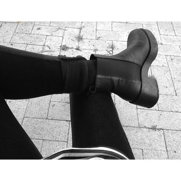 shoes grunge shoes shoes winter shoes black grunge flat