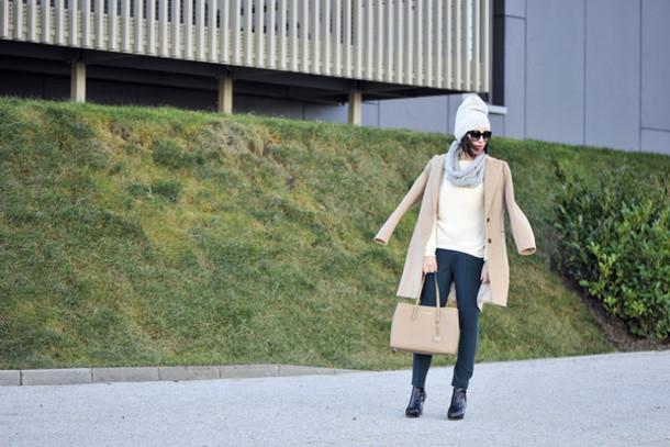 shiny sil blogger coat purse camel