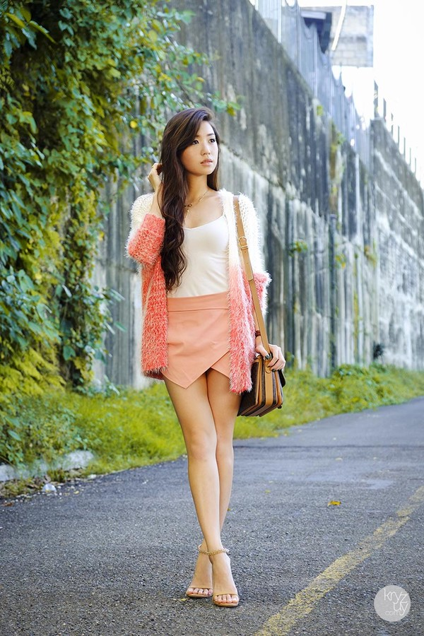 kryzuy sweater skirt shoes bag jewels