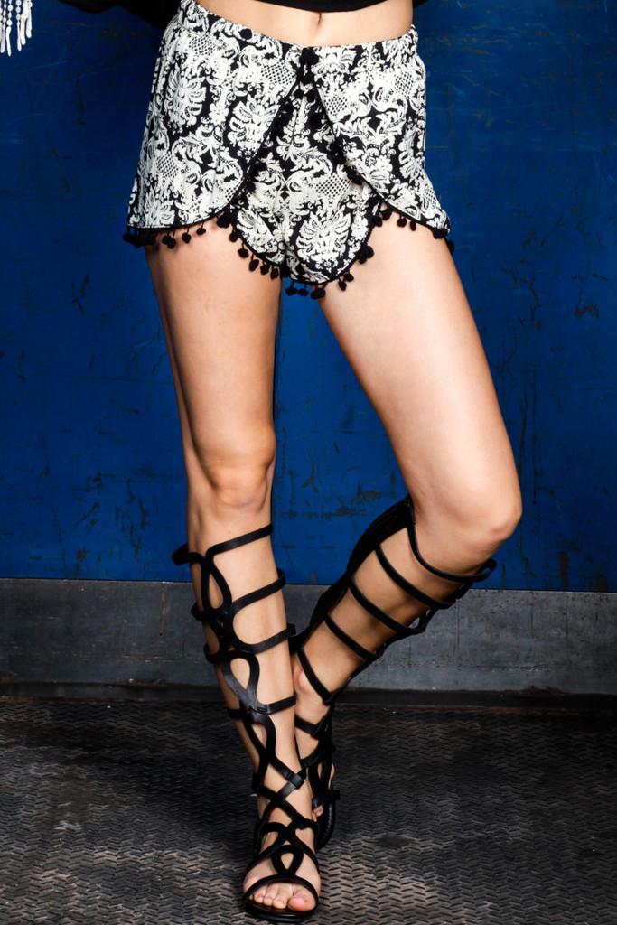 Trendy Pompom Tassel Shorts - Black | Obsezz