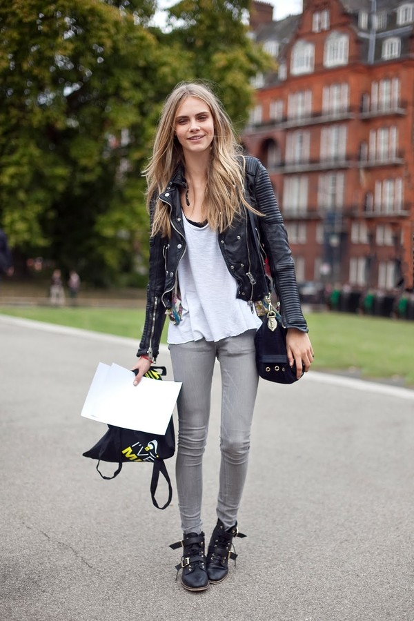 jacket cara delevingne fashion vintage black casual blonde hair white hair pretty shoes jeans t-shirt cara delevingne delevigne cara delevingne black jacket black leather jacket leather jacket blouse
