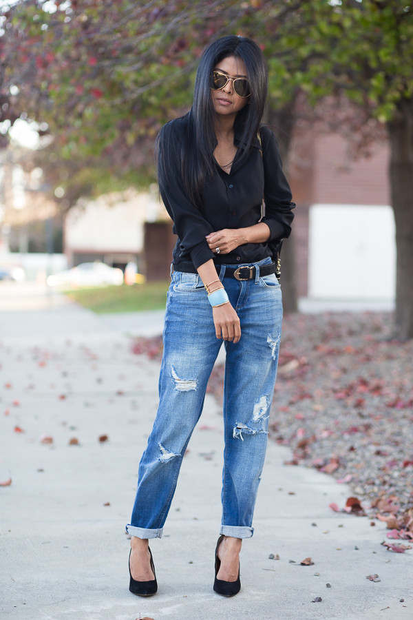 walk in wonderland jeans bag shoes sunglasses jewels