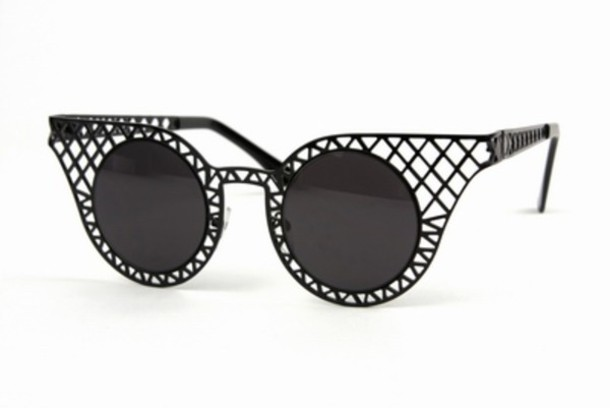 sunglasses eyewear shades sunnies rihanna sunglasses beyonce sunglasses celebrity sunglasses black sunglasses wire sunglasses statement sunflasses blue rubies cat eye