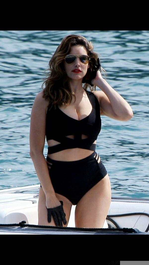 swimwear swimwear clothes black tank top