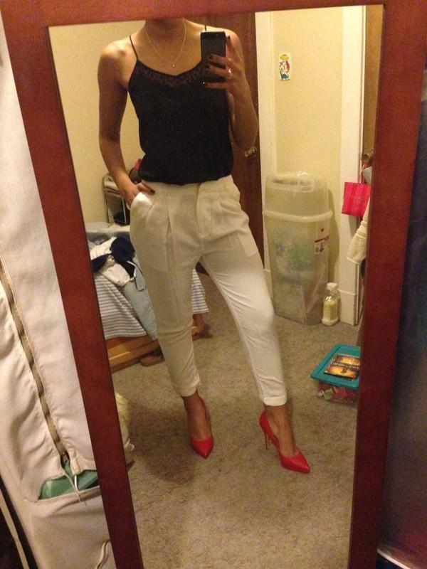 shoes high heels red high heels white dress pants pants tank top black tank top lace
