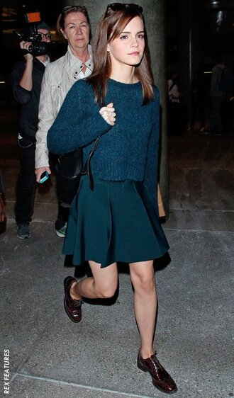 skirt sweater navy outfit shoes emma watson sunglasses