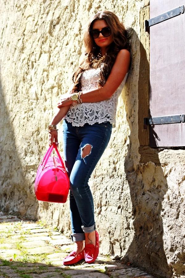 fashionhippieloves shoes shirt jeans sunglasses bag jewels