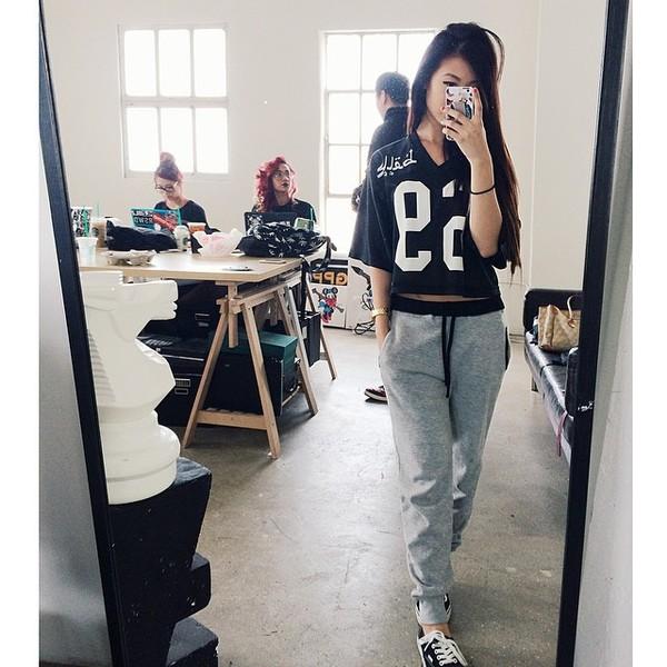 shirt pants sweats tumblr jersey