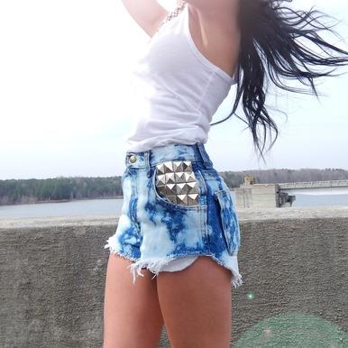 Hipster Bleach Splashed Studded Shorts - Arad Denim