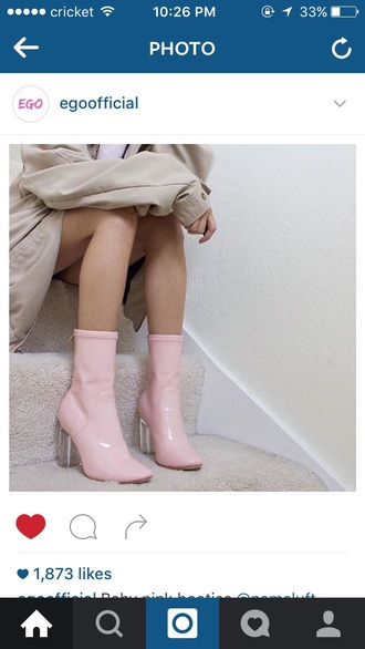 shoes pinkleatherboots leather boots pink pinkboots heels clear heel pink heels boots transparent transparent shoes pink shoes baby pink pale pink shoes rosa rose cute babygirl