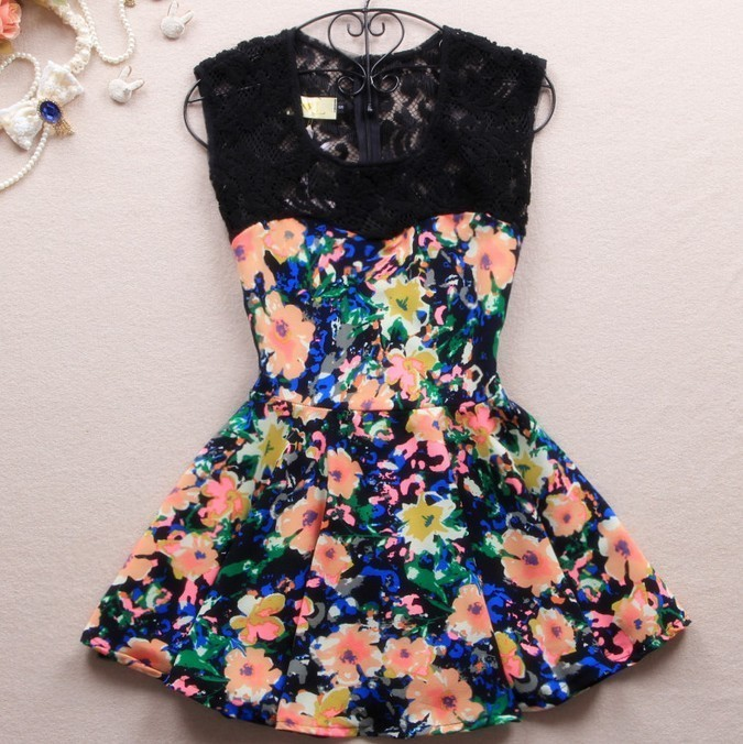 A 080302 Slim dress lace stitching color / FASHION DESIGNER