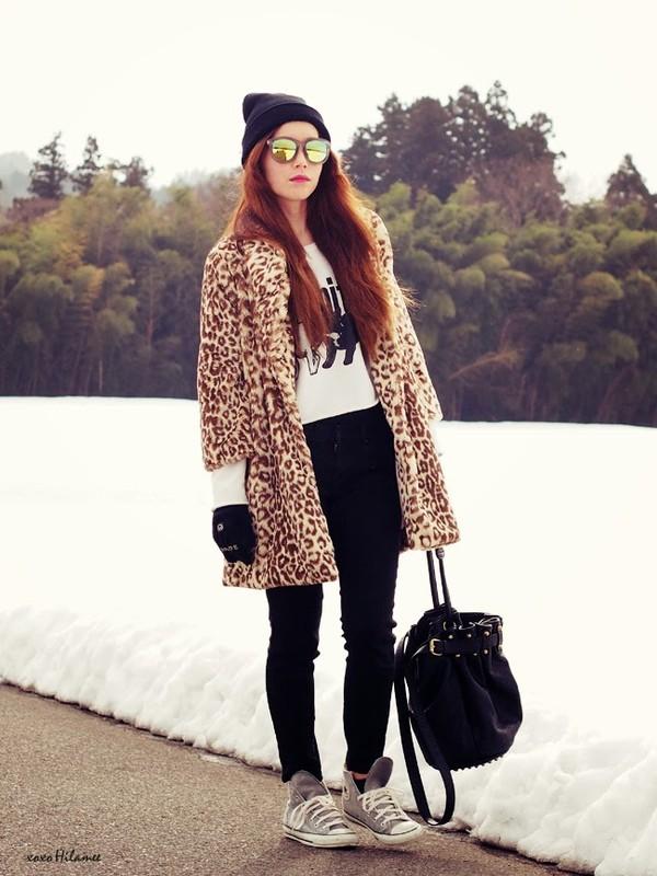xoxo hilamee coat sweater pants shoes bag hat sunglasses