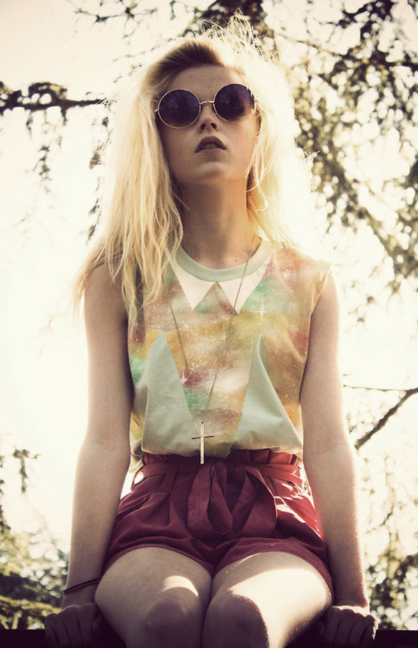 shirt hipster blonde hair cross shorts green burgundy colorful vintage chic pale pretty galaxy print galaxy top galaxy print collar peter pan collar glasses sunglasses hipster multicolor beautiful stylish girly collared shirts triangle round sunglasses soft grunge tank top High waisted shorts teal