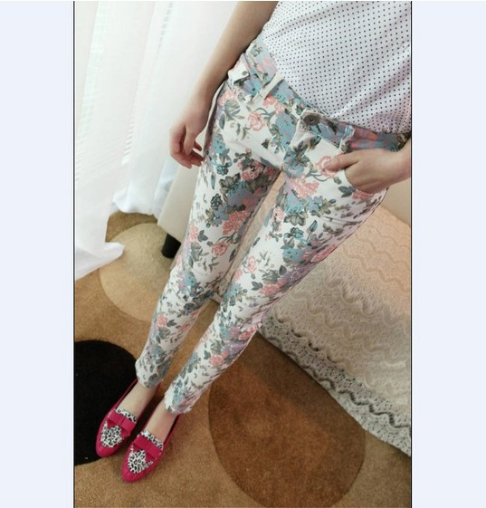 2013 Women's New  Free Shipping Plus Size Korean Floral Design Slim Jeans Pants  White And Red  O13060608-in Pants & Capris from Apparel & Accessories on Aliexpress.com